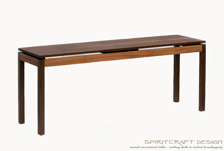 The Manali Writing Desk – Dining Table in Walnut and African Mahogany